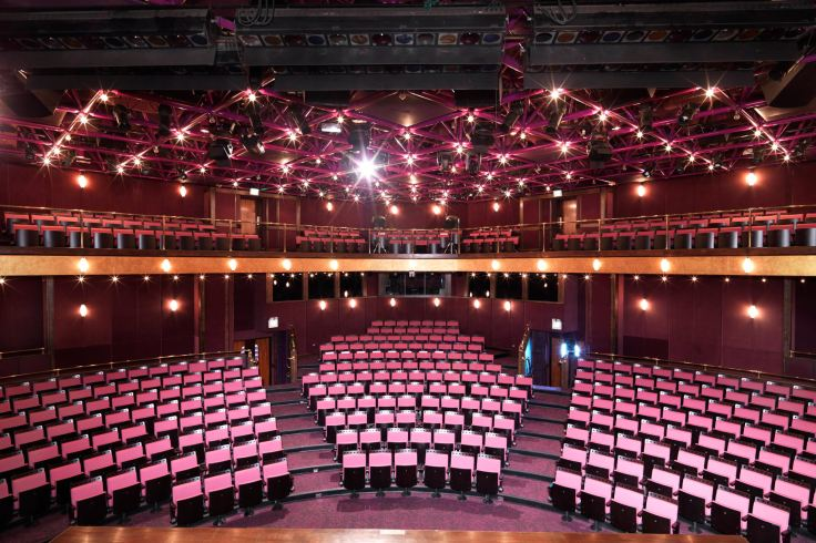 3-auditorium-interior